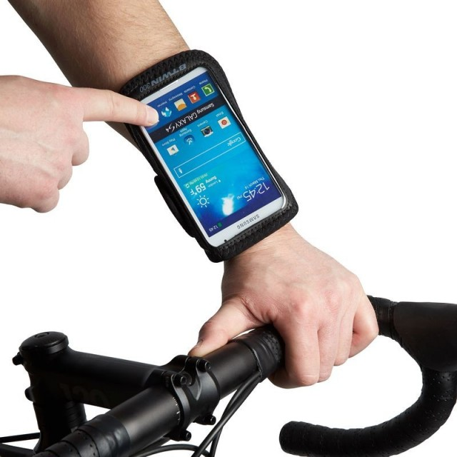 5370dc790874 Smartfon na rowerze - czyli jaki wybrać uchwyt rowerowy na telefon ...